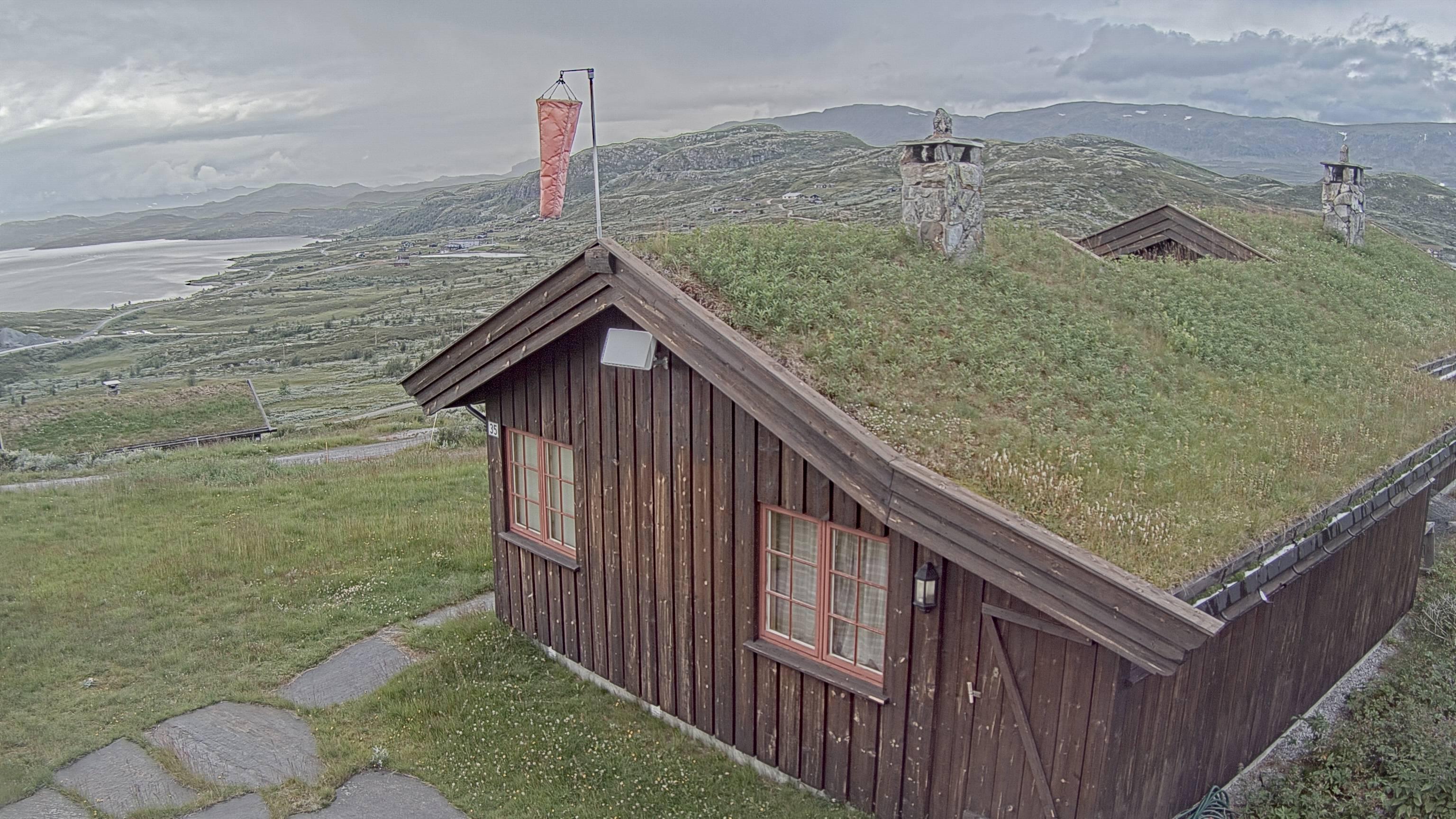 Bergsjø - Tronrud-hytta; mot Rødungen/Reineskarvet